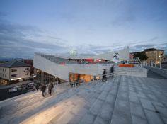 Centro Cultural Plassen / 3XN Architects