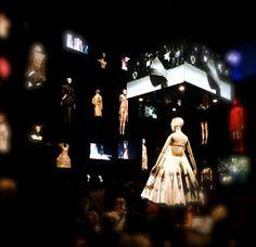 London- Week 1 #livinginlondon #alexandermcqueen #savagebeauty #fashion #fashionblogger