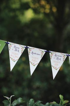 Banner Escort Card Ideas