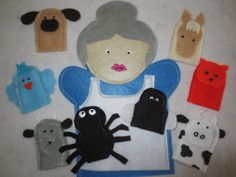 There was an Old Lady who swallowed a fly... Hand Puppet with Finger puppets