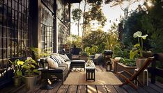 Indoor outdoor spaces - create a private feeling oasis to chill out and enjoy the summer sunshine Outdoor Rooms, Outdoor Gardens, Outdoor Living, Outdoor Decor, Ikea Outdoor, Outdoor Seating, Indoor Outdoor, Ikea Garden Furniture, Outdoor Furniture Sets