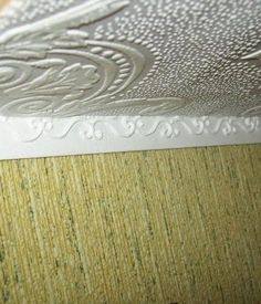 how to: fancy (easy) upper wall molding
