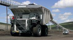 Saiba quais são os 10 maiores caminhões de mineração do mundo. São grandes veículos capazes de transportar até 400 toneladas de minério.