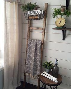 Blanket Ladder. Farmhouse decor. Farmhouse style.