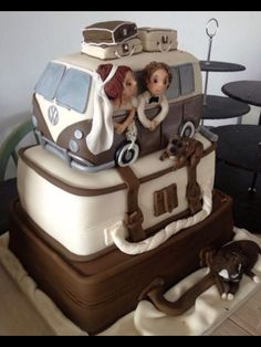 Brown and White VW Bus cake