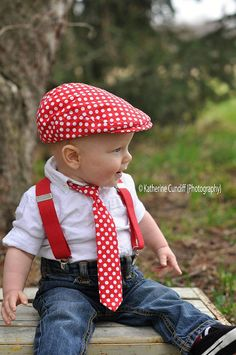 Photo prop newsboyhat and necktie set  Red polka dot    made