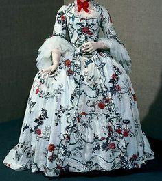 1775-90 robe à la française, France