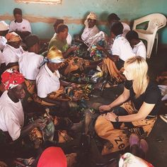 Throwing back to a visit with our community of craftsmen in Malawi! These women are so creative and passionate. Each day spent with them is a great blessing. - Lizzie