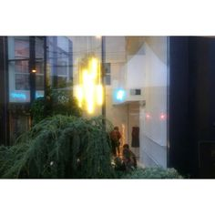 Outside looking in @bobolivancouver - you know is a good party when it's slightly blurry. #bobolivancouver