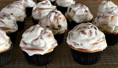 Cinnamon Roll Cupcakes ... breakfast and dessert, my two favorite meals.