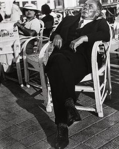 Lisette Model 1937 Promenade des Anglais | International Center of Photography