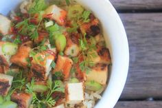 Quick Sweet Chilli Tofu and Rice - leftover rice, quickly seared tofu, some chopped veggies, and soy + sweet chilli sauce. Lunch in 5 minutes! // The Veggie Mama