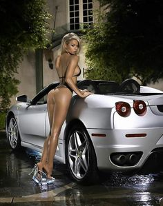 Beautiful Girls With Cars and Motorcycles - Bellas Mujeres Con Coches y Motos - Girls Washing Cars - Cars - Coches - Bikes - Motos Auto Girls, Car Girls, Pin Up Girls, Girl Car, Hot Cars, Sexy Cars, Sexy Autos, Beauté Blonde, Sexy Women
