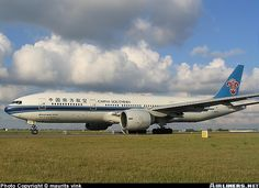 Boeing 777-21B/ER aircraft picture