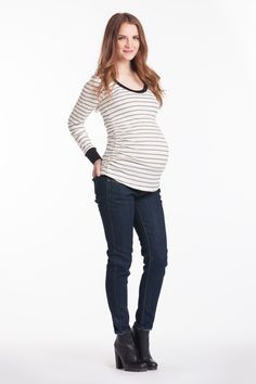 B&W maternity shirt for everyday use.