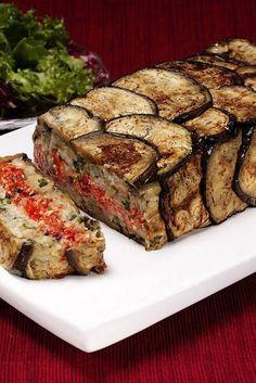 Greek Vegtable Terrine It's like a vegetable meat loaf! Vegetable Recipes, Vegetarian Recipes, Cooking Recipes, Healthy Recipes, Veggie Greek Recipes, Greek Vegetables, Veggies, A Food, Food And Drink
