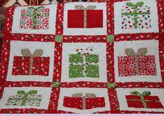 adorable Christmas present quilt!