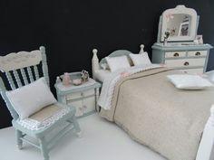 Dollhouse bedroom made by Jolanda Knoop