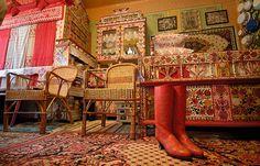 "tisztaszoba - the ""best"" room in Kalotaszeg Weekend Fun, Cool Rooms, Art Decor, Home Decor, Hungary, Folk Art, Traditional, Chair, Architecture"