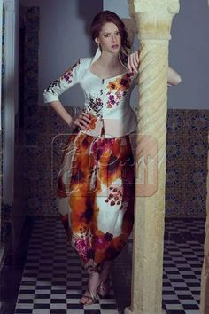 Skirt Suit, Tie Dye Skirt, Arabic Dress, Indian Fashion, Womens Fashion, Traditional Dresses, Corset, What To Wear, Costumes