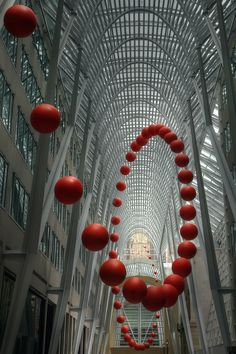 Long Wave; photograph by Timothy Neesam. Infinitely bouncing ball at Luminato, art installation by David Rokeby; at Allen Lambert Galleria, Brookfield Place, Toronto, Ontario, Canada