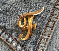 MAMSELLE Vintage Letter F Brooch Pin Signed Gold Tone Initial Monogram man/woman #Mamselle