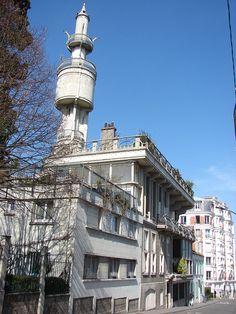 Villa Hennebique (1901-1903) 1, avenue du Lycée Lakanal Bourg-la-Reine. Architecte : François Hennebique