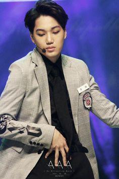 EXO | EXO-K | Kim Jong In ❤ (kai) Exo Official, Exo Fan, Young At Heart, Kim Jong In, Young And Beautiful, Chanyeol, Kai, Addiction, Korea