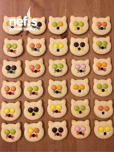 Bonibonlu Kedi Kurabiye – Nefis Yemek Tarifleri Puff pastry cookies recipes # flavor # presentation # presentation is important Cat Cookies, Cookies For Kids, Cookies Et Biscuits, Cupcake Cookies, Yummy Recipes, Easy Cookie Recipes, Delicious Desserts, Dessert Recipes, Yummy Food