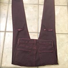 NWOT Just Black skinny distressed knee jeans! Pretty burgundy color skinny jeans with a good amount of stretch with distressed knees Just Black  Jeans Skinny