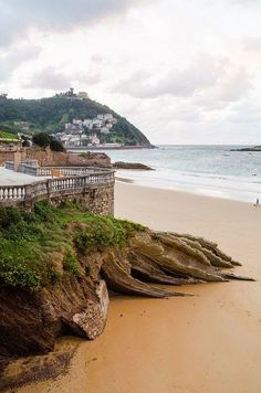 La Concha, San Sebastian, Basque Country, Spain