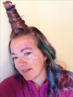 Cheveux de licorne, Halloween 2017 Halloween, Hair Styles, Beauty, Unicorn, Hair, Hair Plait Styles, Hair Looks, Haircut Styles, Hairdos