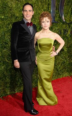 Tonys 2015 Red Carpet Arrivals: Who Wore What | Zac Posen and Bernadette Peters | EW.com