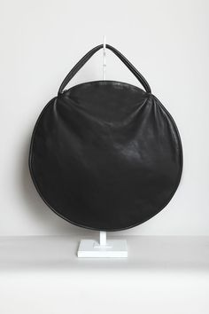 Totokaelo - Draft Nº 17 by Jasmin Shokrian - Compass Bag Leather - Black
