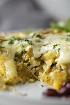 mexican recipes with chicken This chile verde chicken tamale casserole is a quick and easyspin on traditional tamales. Its loaded with flavor and every bit as delicious as the real deal! Tamale Casserole, Casserole Recipes, Cornbread Casserole, Skillet Recipes, Mexican Dishes, Mexican Food Recipes, Masa Recipes, Dinner Recipes, Mexican Desserts