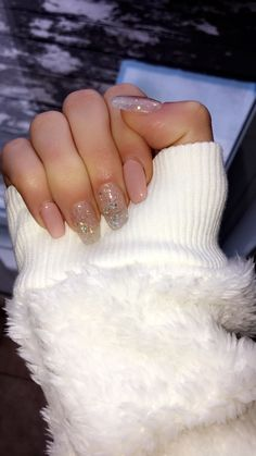 Wow holiday nail polish designs that I love! … Wow Holiday Nail Polish Designs … - New Site Holiday Acrylic Nails, Simple Acrylic Nails, Summer Acrylic Nails, Best Acrylic Nails, Nail Summer, Simple Nails, Holiday Nails 2018, Christmas Shellac Nails, Aycrlic Nails