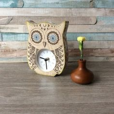 Tweet Twooo, Tick Tock, Tick Tock  Vintage style upcycled Clock,   Gorgeous Shabby Chic Unique Owl Clock, Hand Decorated.   Comes with a Battery.