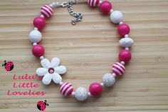 Pink and White Daisy Necklace Chunky Bubblegum Bead Necklace Bracelet Set Childrens Costume Jewelry Spring Summer Birthday Girl - pinned by pin4etsy.com
