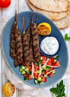 Lebanese Recipes, Greek Recipes, Pork Recipes, Diet Recipes, Cooking Recipes, Healthy Recipes, Burritos, Tacos, Wraps