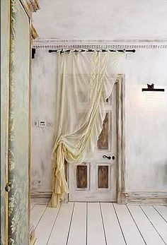 Must recreate these curtains for the studio!