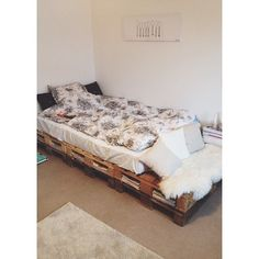 New bed #palletbed  #Padgram