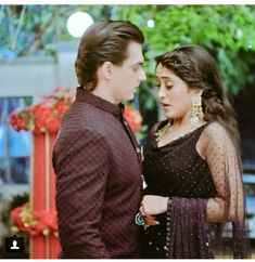 Indian Tv Actress, Indian Actresses, Best Love Stories, Love Story, Romantic Couples, Cute Couples, Amy Actress, Kaira Yrkkh, Kartik And Naira