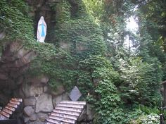 The Grotto on ND campus