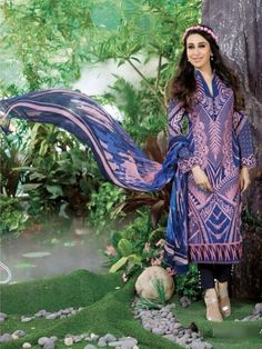 Zoharin is the ultimate online store that offers rich Indian Dresses in Dubai so that women can make best fashion statement. Pakistani Salwar Kameez, Pakistani Suits, Dresses In Dubai, Ethnic Fashion, Blue Fabric, Indian Dresses, Mehndi, Party Wear, Royal Blue