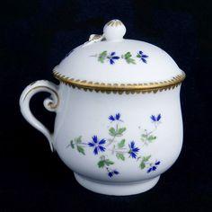Paris Vincennes Hannong Pot a Jus Porcelaine 18ème Barbeaux