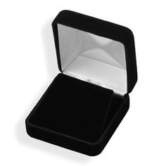 Black Velvet Pendant Box by jewelrymandave on Etsy, $11.99