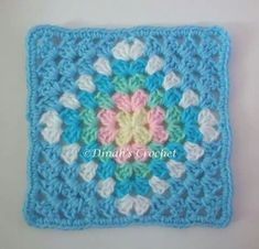 Ideas For Crochet Granny Square Cushion Color Inspiration Crotchet Patterns, Granny Square Crochet Pattern, Crochet Squares, Crochet Granny, Crochet Blanket Patterns, Baby Blanket Crochet, Crochet Baby, Knitting Patterns, Crochet Quilt