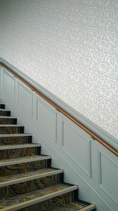 Hallway wallpaper on Stairway at Four Seasons Hotel Carlingford