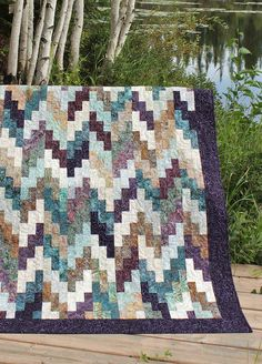 Wide Strips Make a Stunning Quilt - Quilting Digest Colchas Quilt, Bargello Quilts, Batik Quilts, Jellyroll Quilts, Boy Quilts, Patchwork Quilting, Scrappy Quilts, Applique Quilts, Quilt Blocks