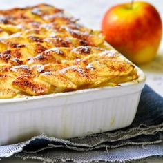 Rakott alma Recept képpel - Mindmegette.hu - Receptek Hungarian Cake, Hungarian Recipes, My Recipes, Favorite Recipes, Healthy Recipes, Vegetable Casserole, Cakes And More, Macaroni And Cheese, Deserts